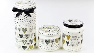 Easy & Fast DIY Tutorial About Decoupage Jars